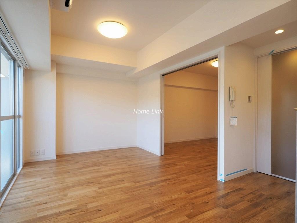 東急ドエルアルス成増4階 リビングと洋室
