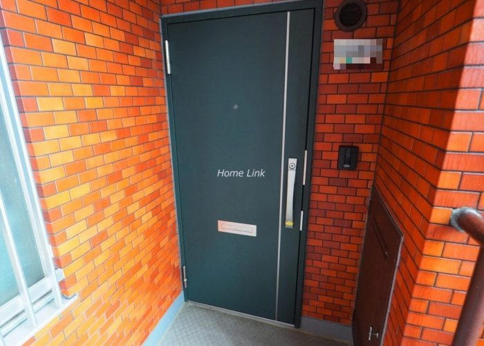シャンボール志村坂上 玄関ドア
