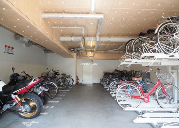 ダイナシティ浮間公園 バイク置場