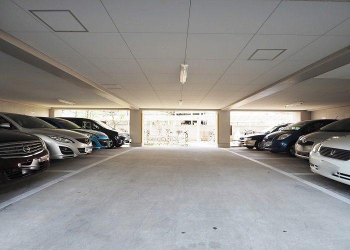 中銀第2城北パークマンシオン 駐車場