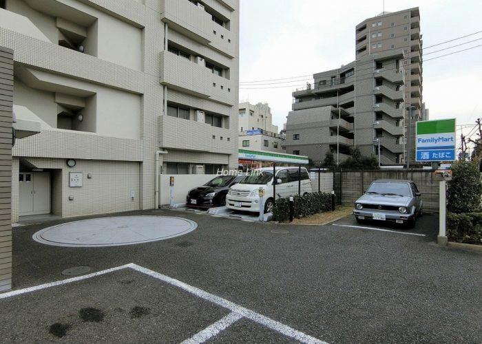 小豆沢パークホームズ 駐車場