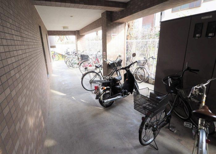 コニファーコート志村弐番館 駐輪場