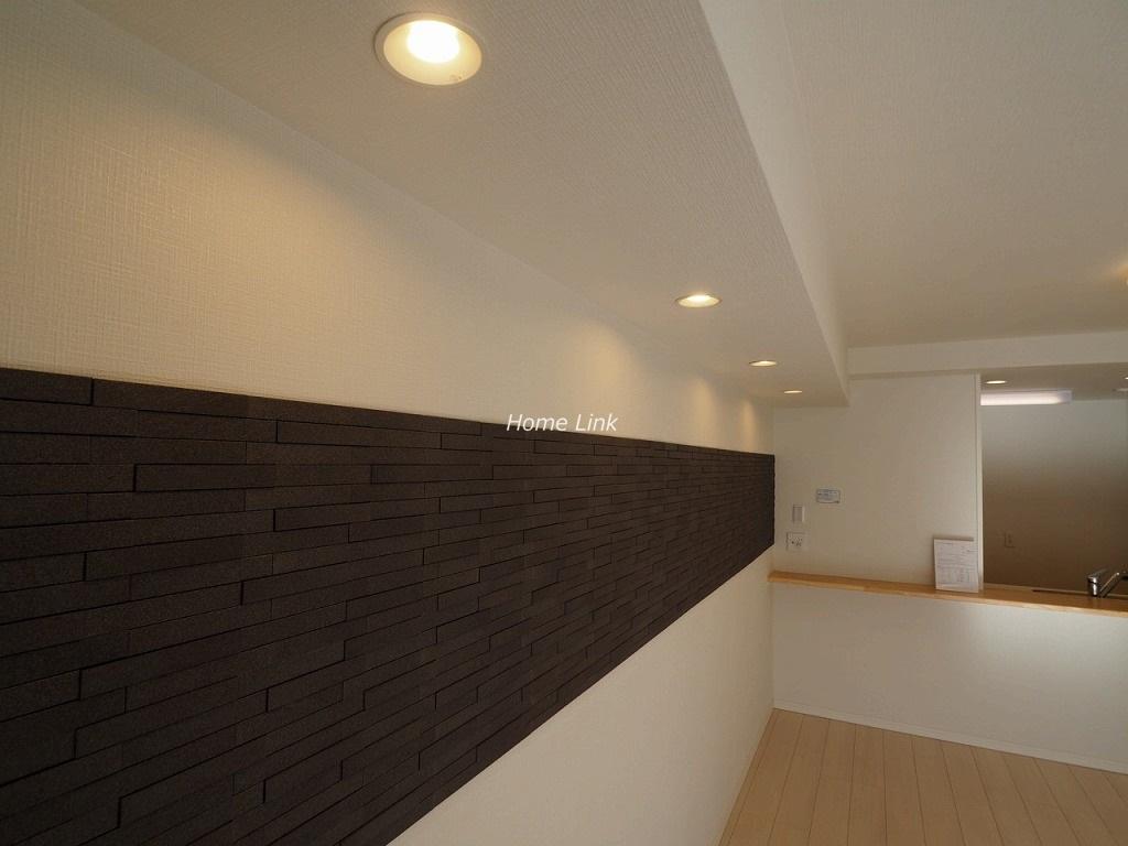 サンクレイドル東武練馬弐番館2階 LD壁面エコカラット設置