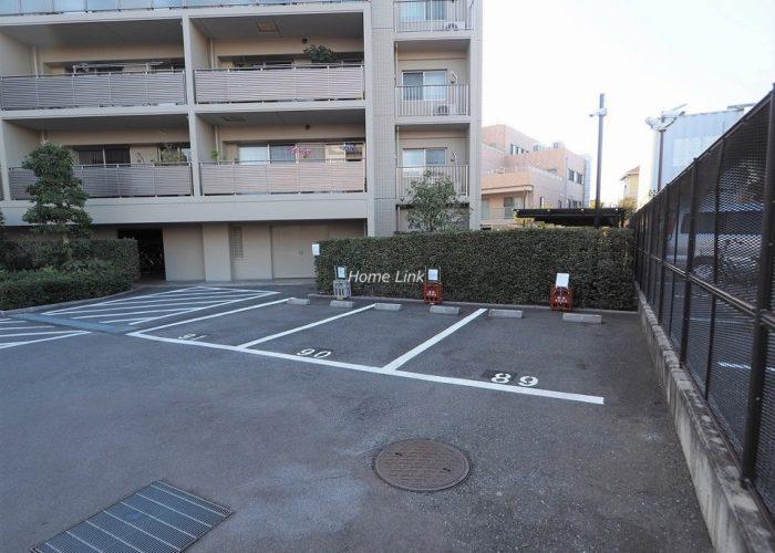 プリズムヒル 来客用駐車場