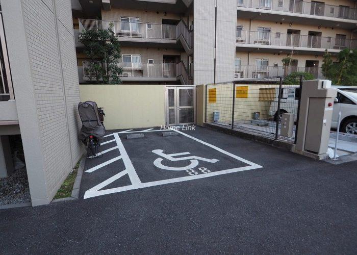 プリズムヒル 介護用車両駐車場