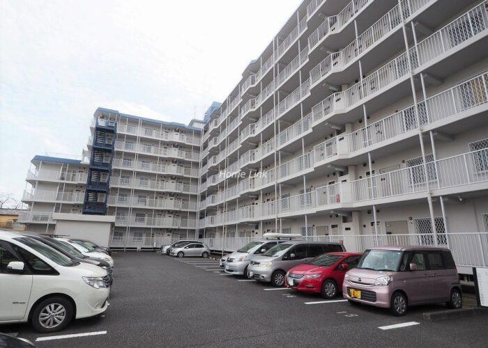 志村スカイハイツ 駐車場