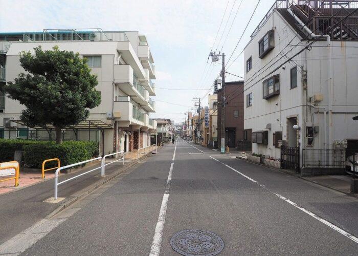 志村スカイハイツ 前面道路歩道