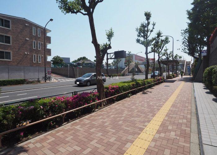 コスモ小竹向原ガーデンフォルム 前面道路歩道