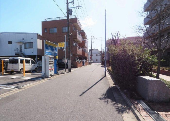 コスモ川口ガーデンスクエア 前面道路
