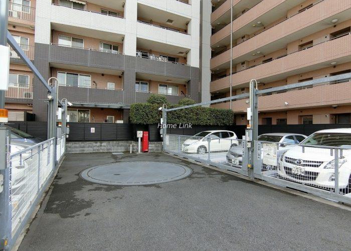 ジオときわ台プレミアムプレイス 駐車場