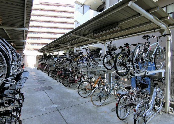 ジオときわ台プレミアムプレイス 駐輪場