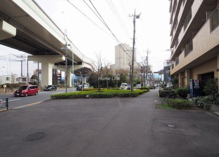 ダイアパレス西台 前面道路歩道