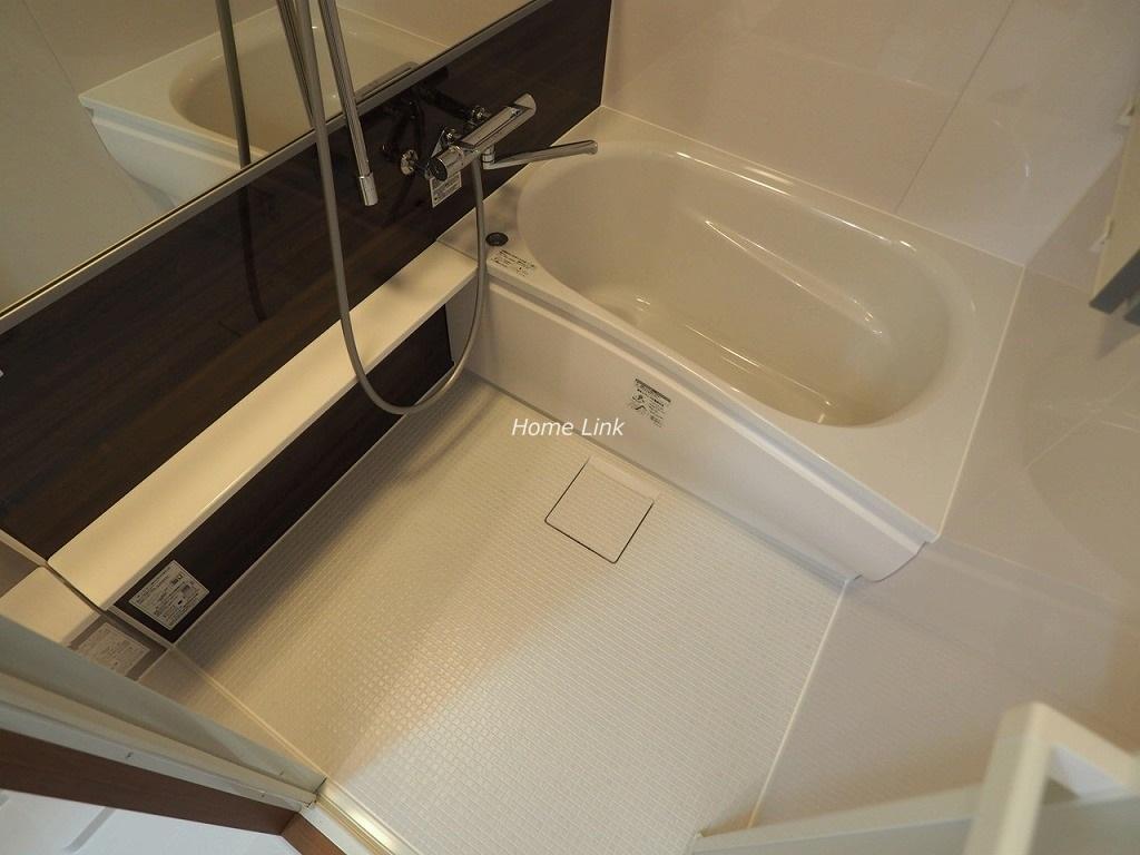 三田南常盤台コーポ3階 魔法びん浴槽と床が冷たくないほっカラリ床仕様
