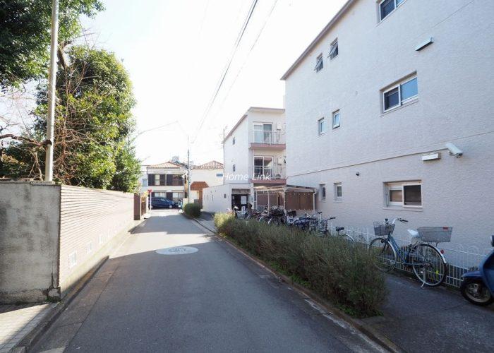 三田南常盤台コーポ 前面道路