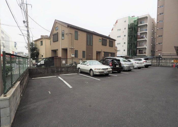 志村ハビテーション 駐車場