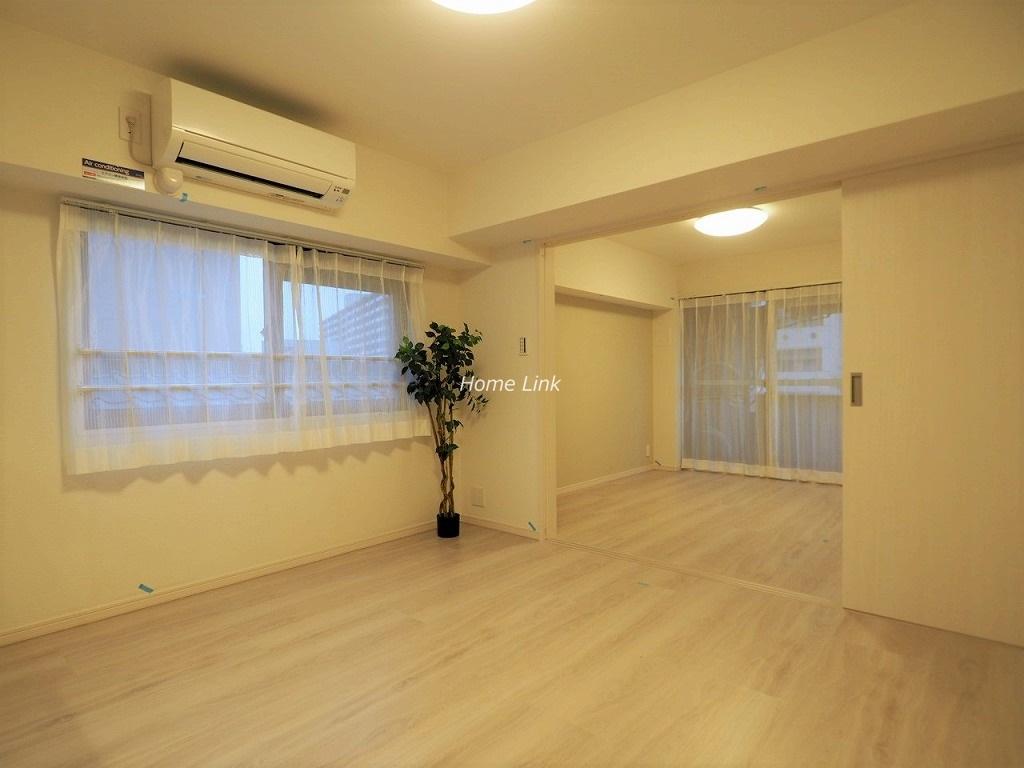 志村ハビテーション3階 リビングから洋室