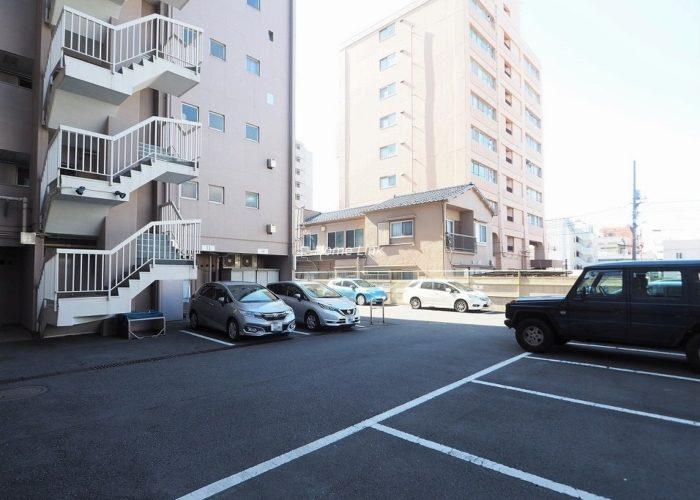 ウィスタリアマンション板橋志村 駐車場