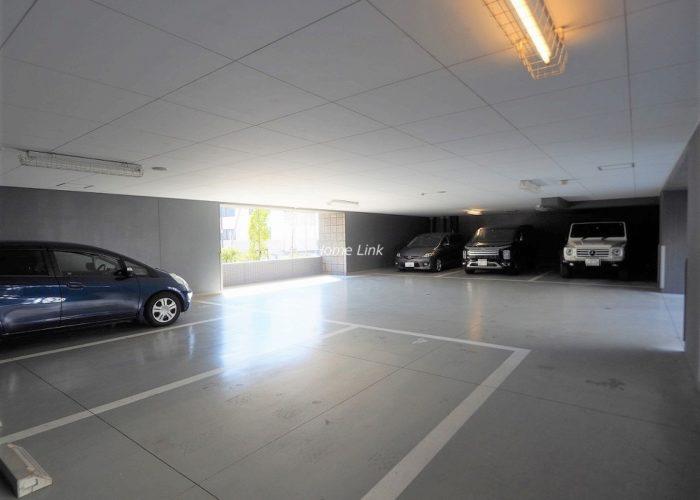 グランスイート浮間舟渡 平置き駐車場