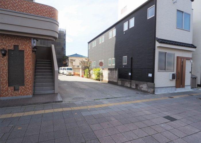 中板橋サニーコーポ 駐輪場出入口