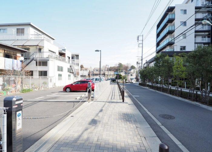 シティテラス成増 来客用駐車場出入口