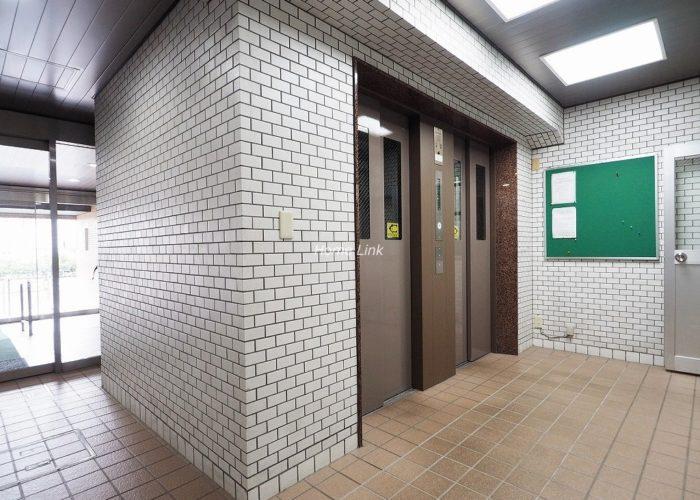 ライオンズマンション上板橋 エレベーターホール