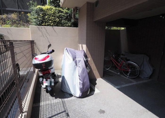 アイディーコート池袋西ムーンファーロ バイク置き場