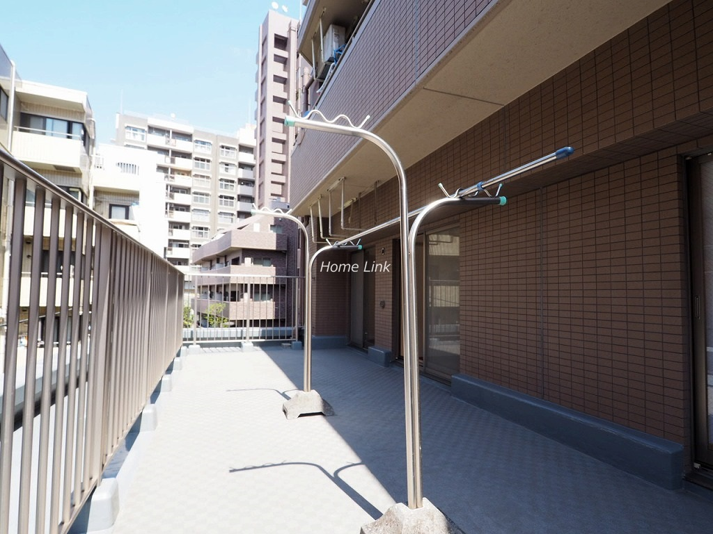 アイディーコート池袋西ムーンファーロ3階 約14帖のルーフバルコニー