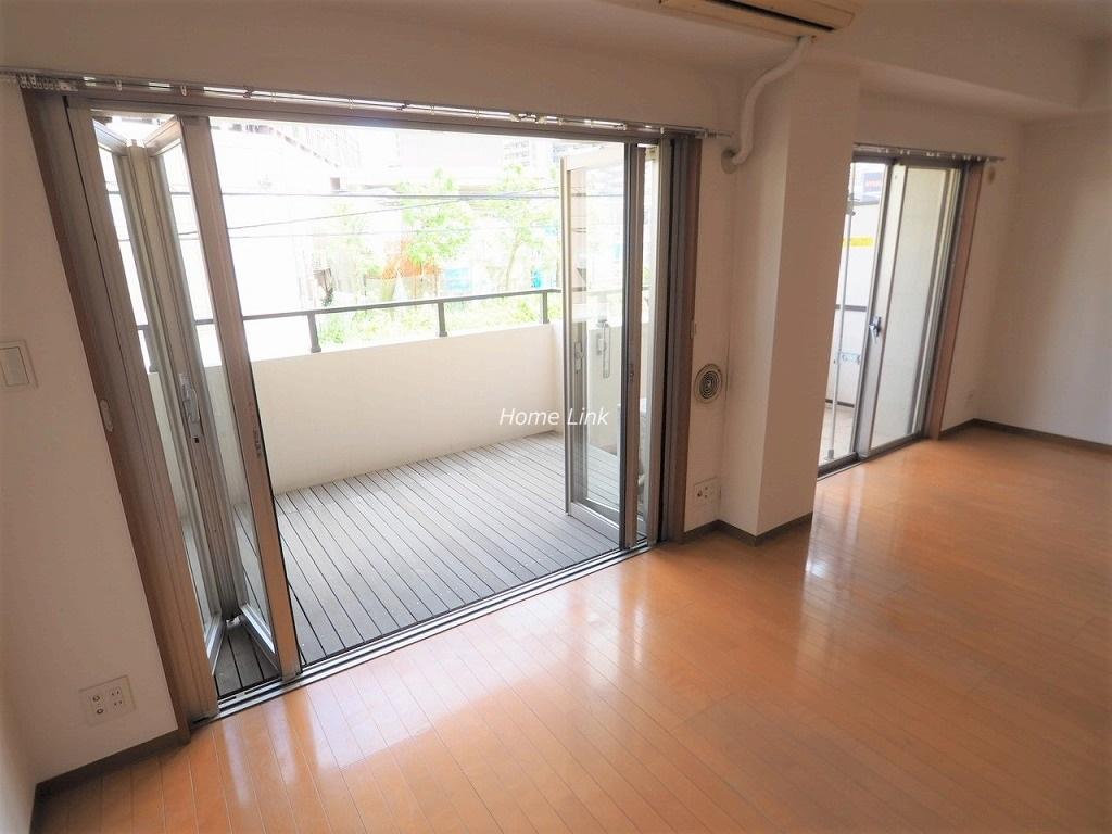 グランシティ志村坂上2階 折戸式全開口サッシ
