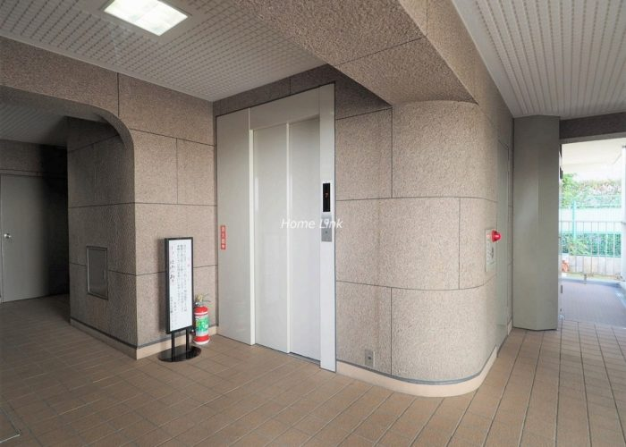 志村サンハイツ エレベーターホール