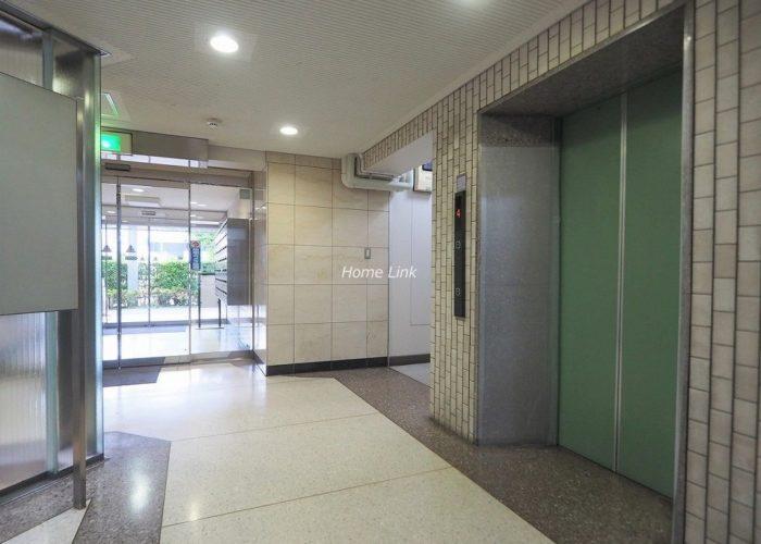志村三丁目フラワーホーム エレベーターホール