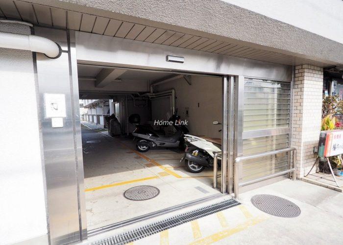 志村三丁目フラワーホーム 駐輪場出入口