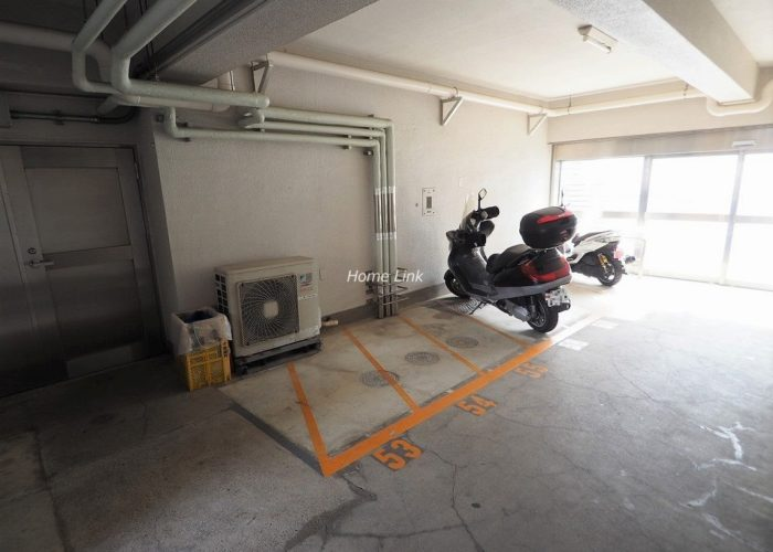志村三丁目フラワーホーム バイク置き場