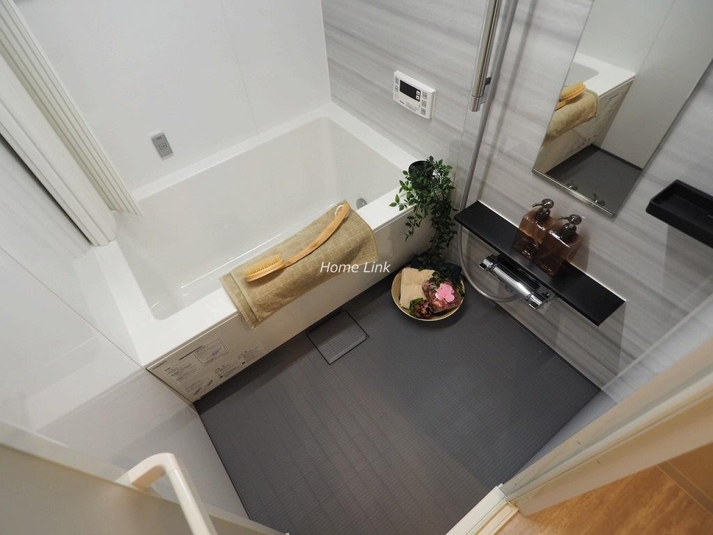 コスモ成増2階 水回り設備も内装も新しくなり