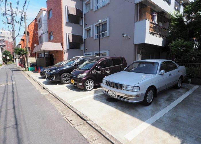 サンシュウ常盤台第1コーポ 駐車場
