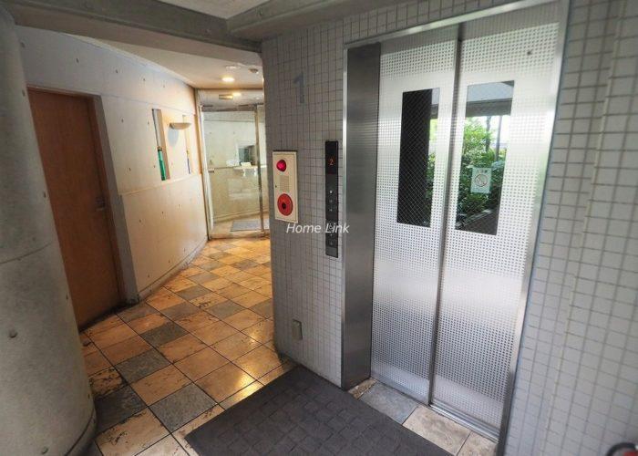 セーヌヴァン・シッス エレベーターホール