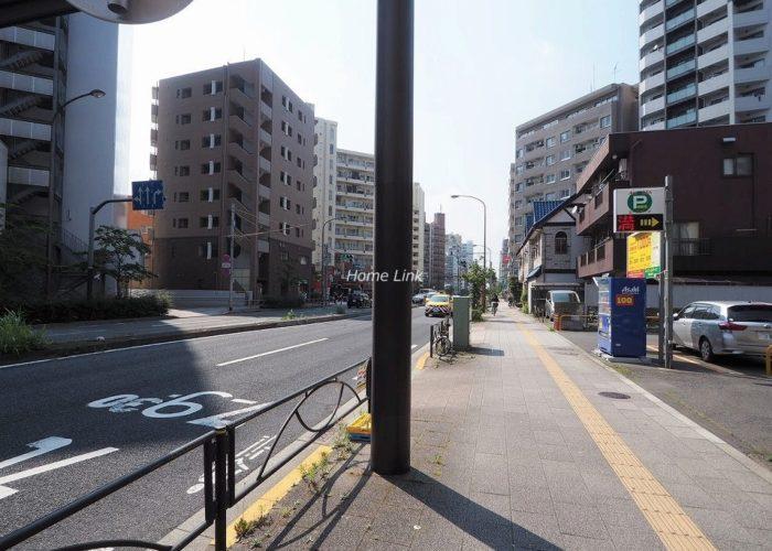 大山ダイカンプラザB棟 前面道路歩道