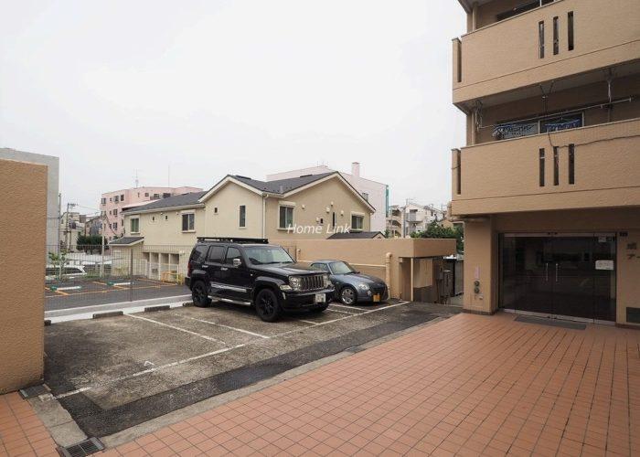 成増アーバンライフ 駐車場