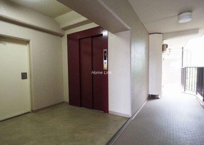 成増ハイライズ エレベーターホール