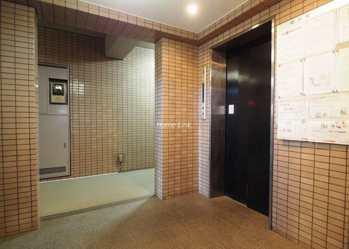 グランヴェルジェ蓮根 エレベーターホール