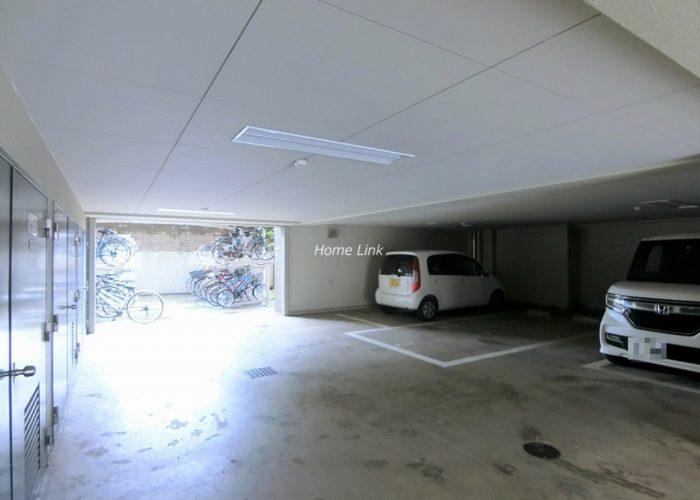 ゼファー大山ファムエール 駐車場