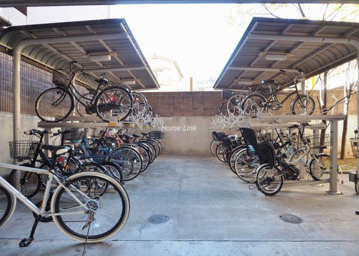 ゼファー大山ファムエール 駐輪場
