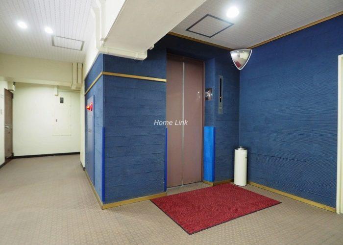 メゾンゴールド エレベーターホール
