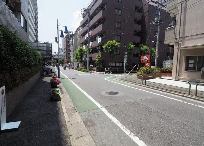 コスモ高島平 前面道路