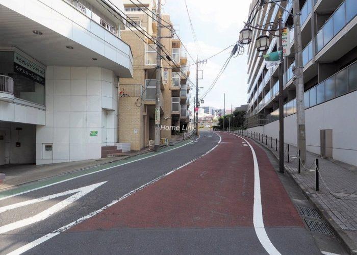 成増ガーデンハイツ 前面道路