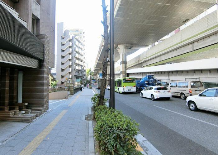 グローリオ板橋本町 前面道路歩道