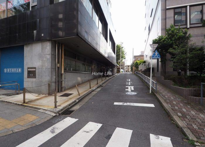タイムズコーポ成増 前面道路