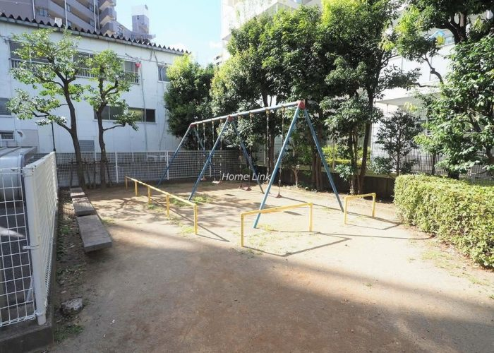 レジデンス大山 マンション敷地内公園