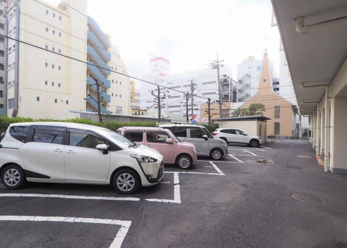 イトーピア春日部マンション 駐車場