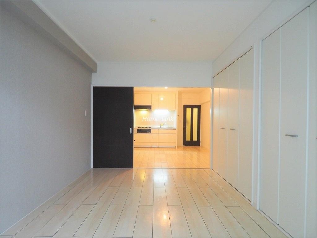 イトーピア春日部マンション6階 洋室からリビング