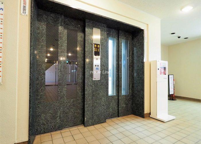 サンシティE棟 エレベーターホール